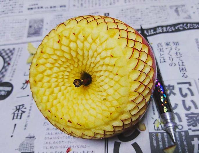Gaku-sculpture-graphique-fuits-legumes_4