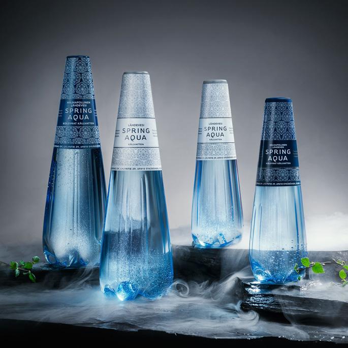 La bouteille Spring Aqua Premium de Finn Spring Ltd est lauréate dans la catégorie Design d'emballage, 2018-2019